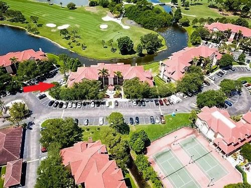 Photo of 2400 FEATHER SOUND DRIVE #621, CLEARWATER, FL 33762 (MLS # U8086101)
