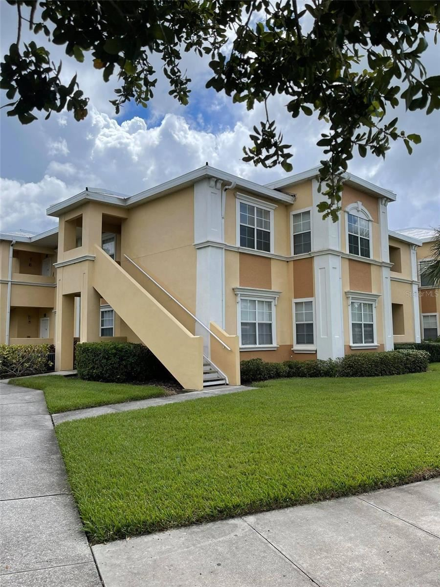 1050 VILLAGIO CIRCLE #201, Sarasota, FL 34237 - #: A4513102