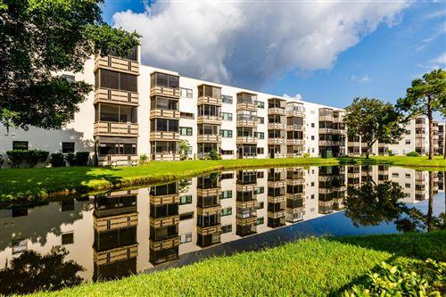 Photo of 6070 80TH STREET N #314, ST PETERSBURG, FL 33709 (MLS # U8136103)