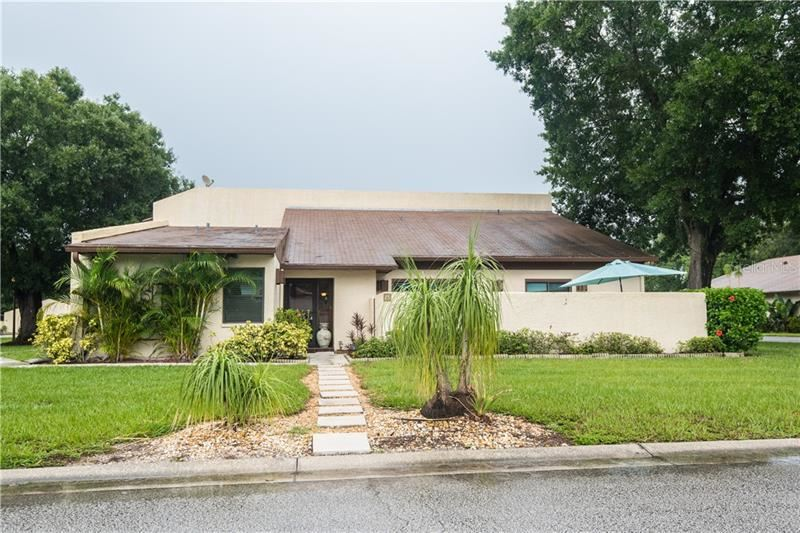 1880 N CRYSTAL LAKE DRIVE #25, Lakeland, FL 33801 - #: L4917105