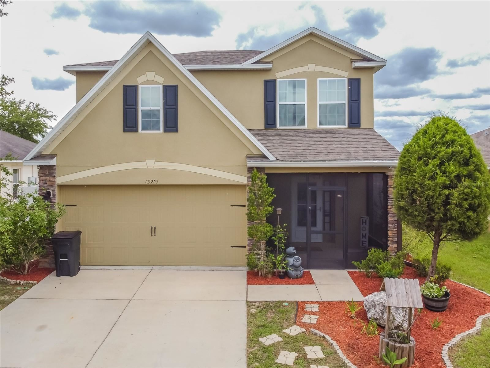 13219 WATERFORD CASTLE DRIVE, Dade City, FL 33525 - MLS#: T3314105