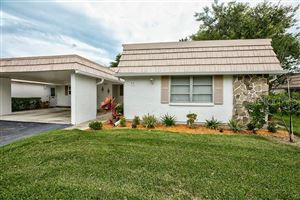 Photo of 5572 RIVERBLUFF CIRCLE #V-4, SARASOTA, FL 34231 (MLS # A4439108)