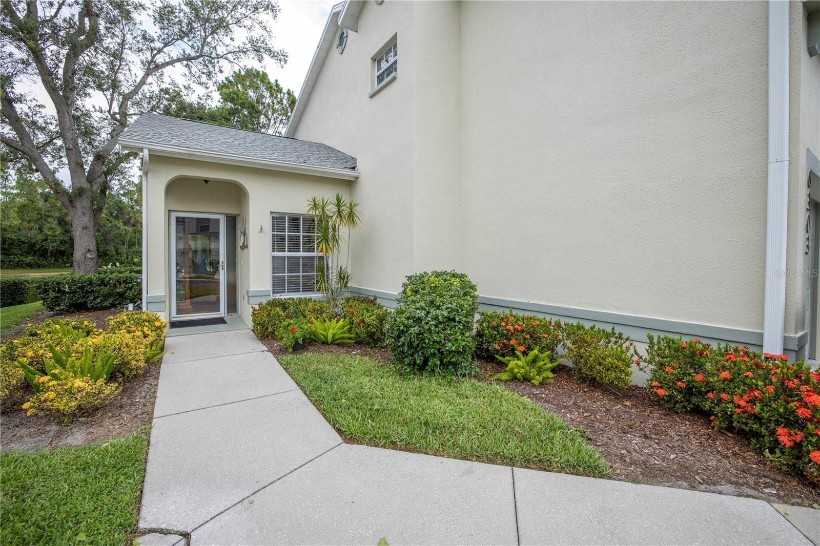 Photo of 6303 GREEN OAK CIRCLE, BRADENTON, FL 34203 (MLS # A4504108)