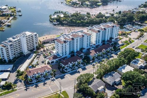 Photo of 1325 SNELL ISLE BOULEVARD NE #511, ST PETERSBURG, FL 33704 (MLS # U8100109)