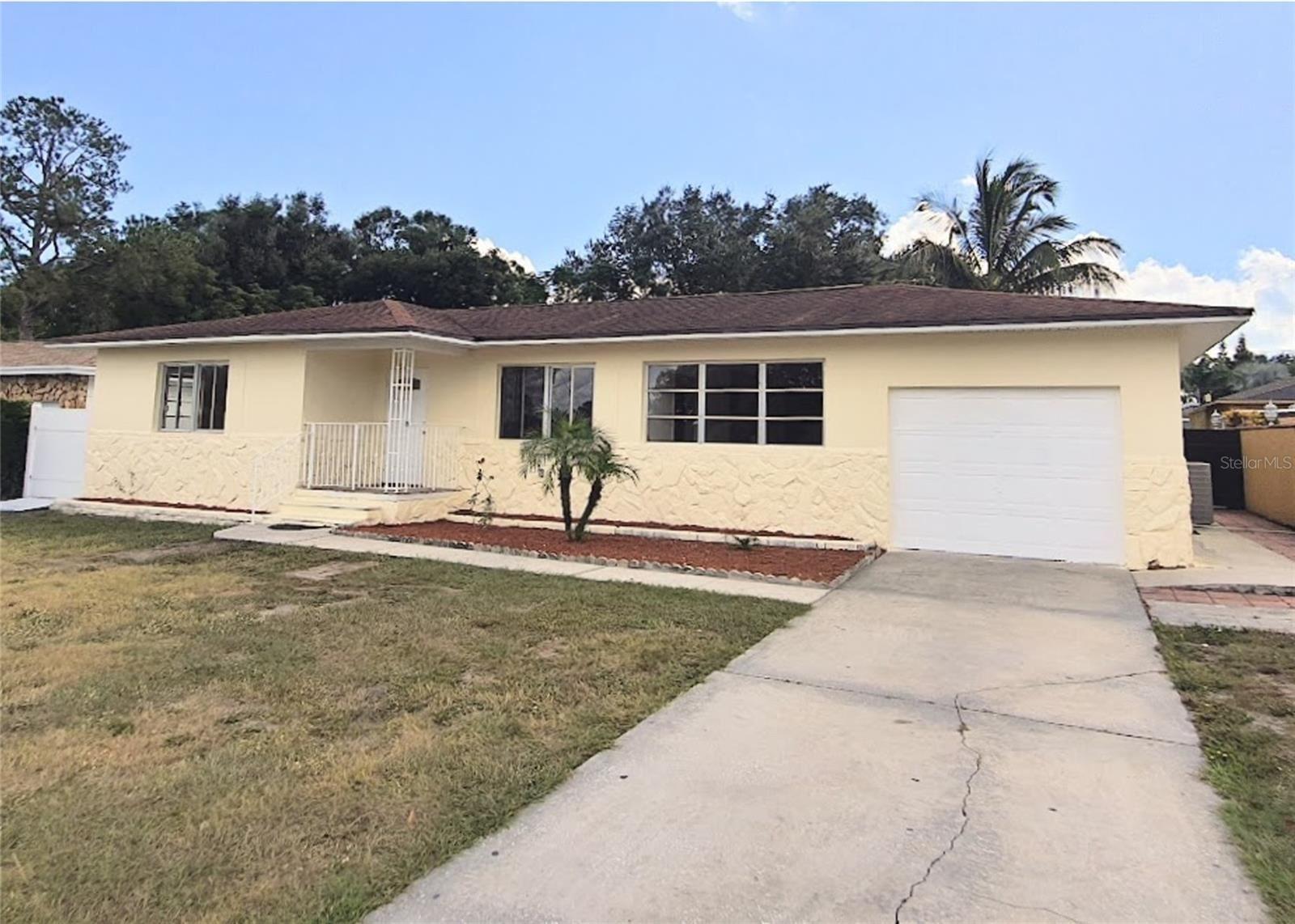 1217 DRUID ROAD E, Clearwater, FL 33756 - #: T3322109
