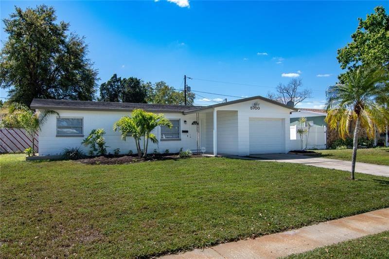 5700 90TH AVENUE N, Pinellas Park, FL 33782 - #: U8116109
