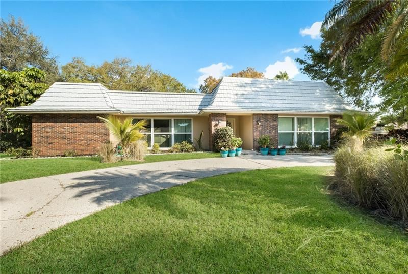 Photo of 1615 SOUTHBAY DRIVE, OSPREY, FL 34229 (MLS # A4463114)