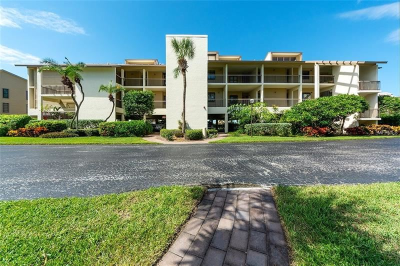 Photo of 3920 MARINERS WAY #323A, CORTEZ, FL 34215 (MLS # A4416115)