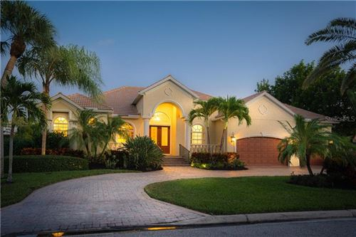 Photo of 547 BLUE JAY PLACE, SARASOTA, FL 34236 (MLS # A4478116)