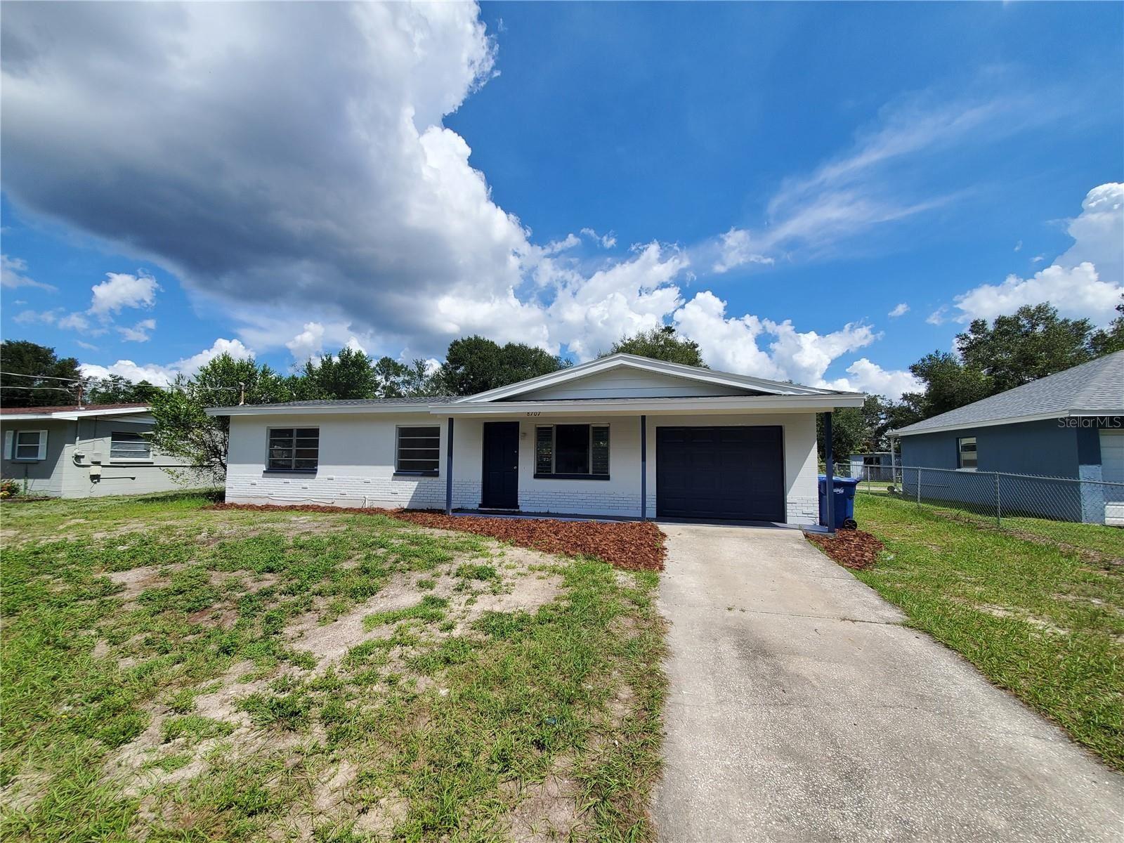8707 N WHITTIER STREET, Tampa, FL 33617 - MLS#: T3331116