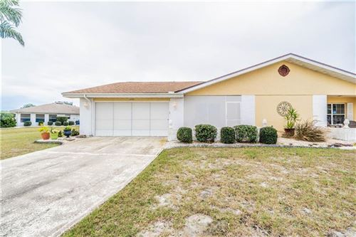 Photo of 1335 BLUEWATER DRIVE, SUN CITY CENTER, FL 33573 (MLS # T3216117)