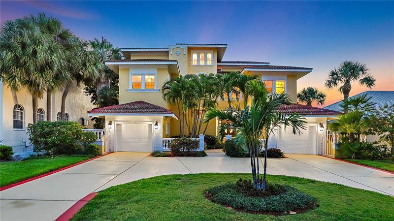 418 8TH AVENUE N, Tierra Verde, FL 33715 - MLS#: U8123118