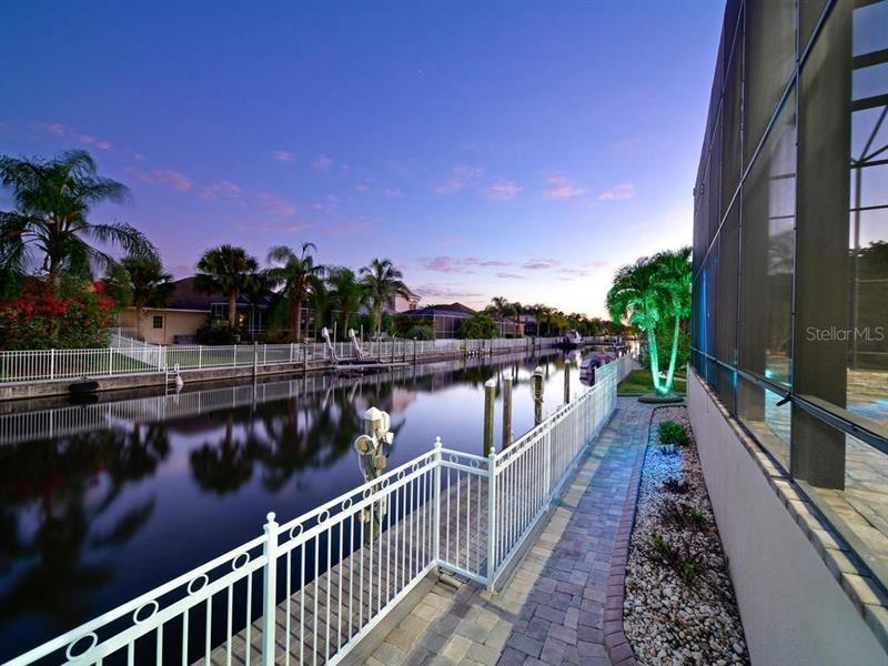 Photo of 4742 MAINSAIL DRIVE, BRADENTON, FL 34208 (MLS # A4415119)