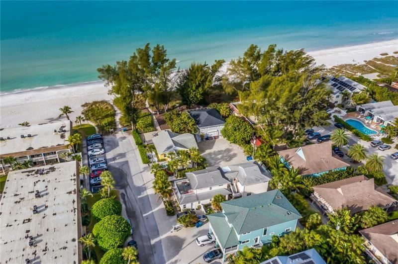 Photo of 108 72ND STREET, HOLMES BEACH, FL 34217 (MLS # A4467120)