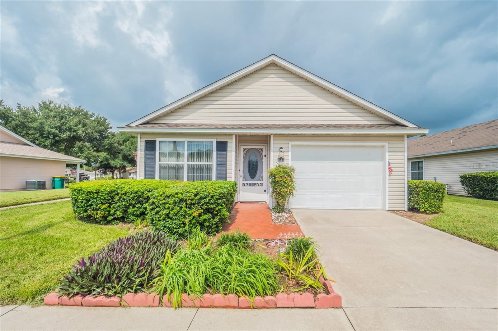 1617 TUDOR LANE, Tavares, FL 32778 - #: G5044120