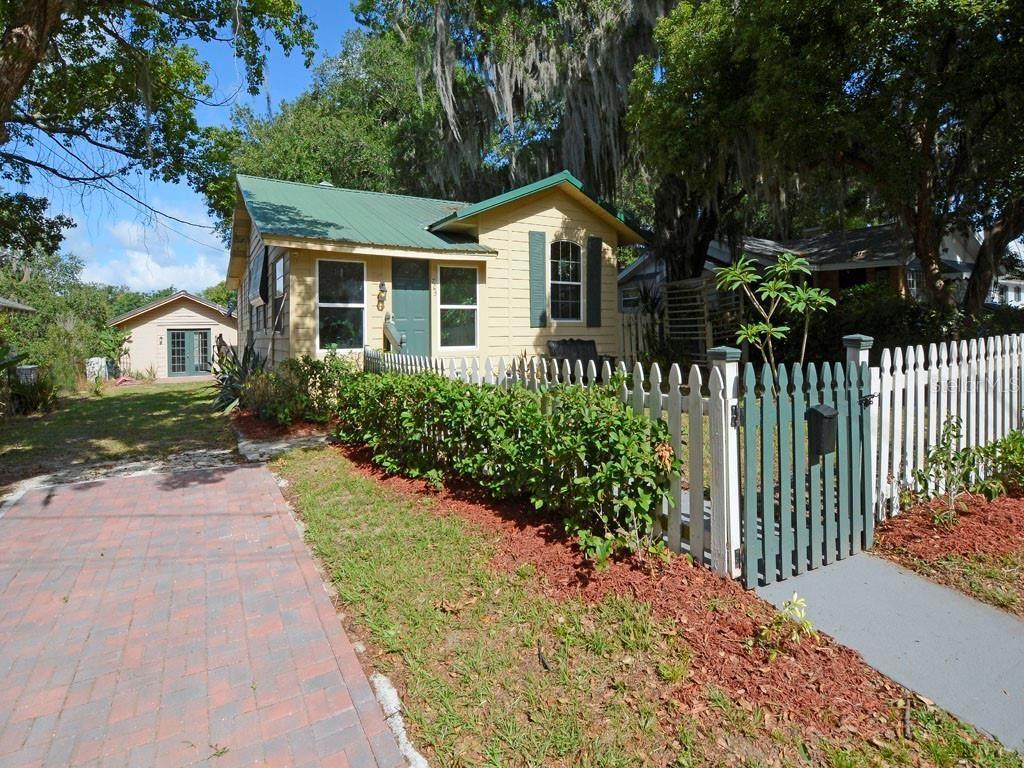 723 S GRANDVIEW STREET, Mount Dora, FL 32757 - #: G5043124