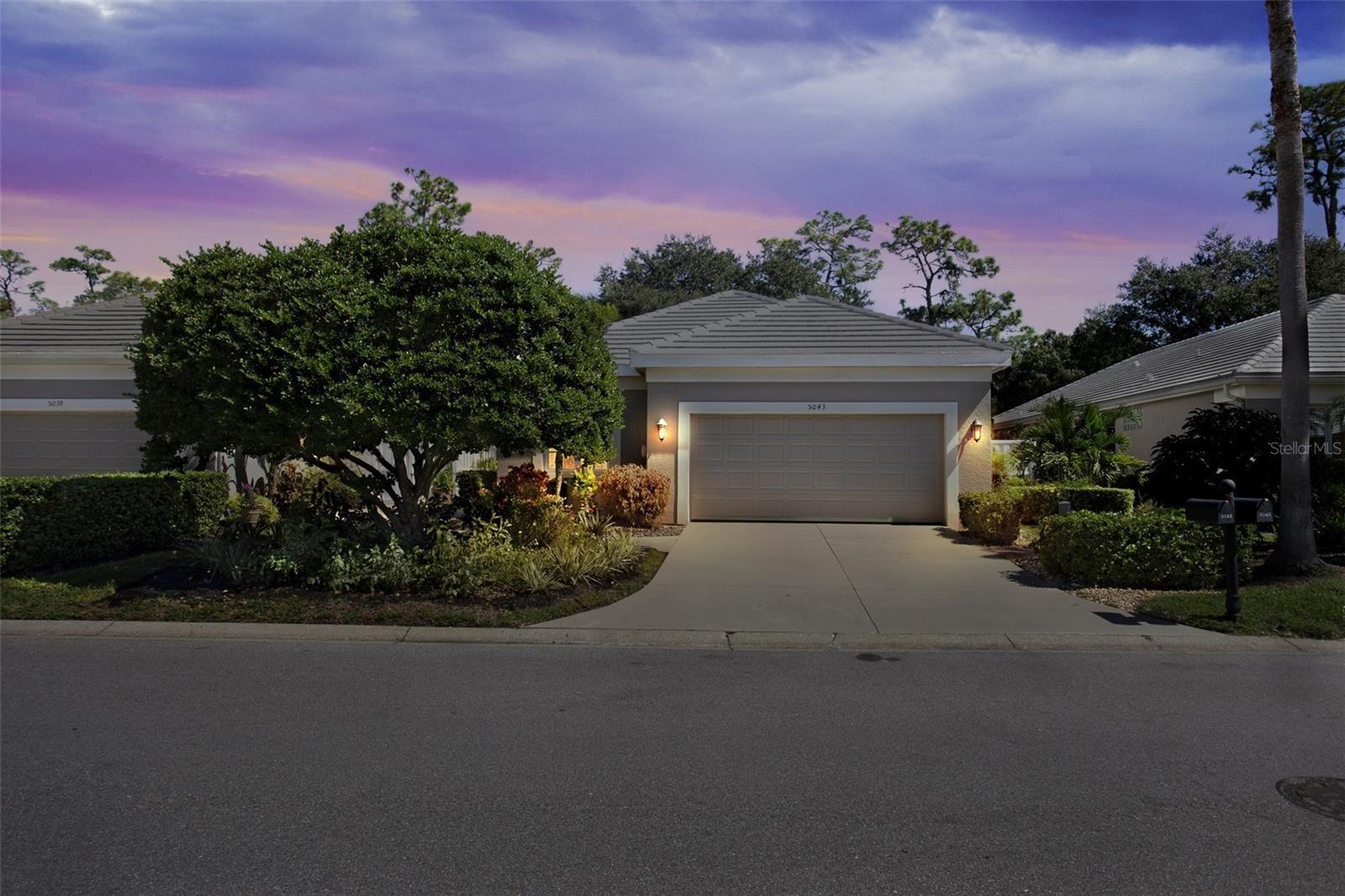 Photo of 5043 88TH STREET E, BRADENTON, FL 34211 (MLS # O5980124)
