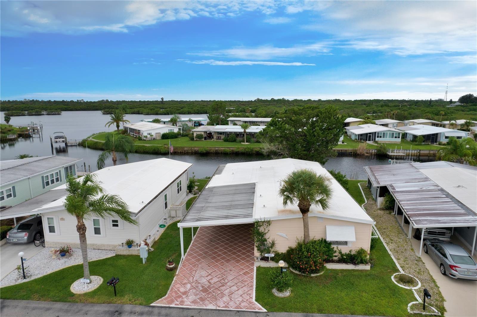 124 MARTINIQUE ROAD, North Port, FL 34287 - #: C7448133