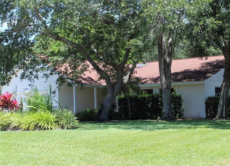 Photo of 1220 WATERSIDE LANE, VENICE, FL 34285 (MLS # A4466134)
