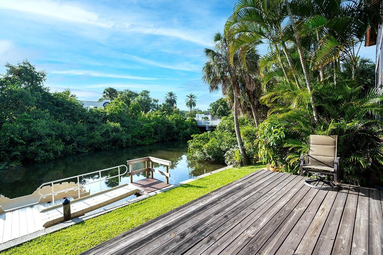Photo of 1650 PINE TREE LANE #103, SARASOTA, FL 34236 (MLS # A4508135)