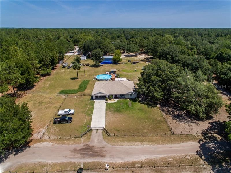 Photo for 7107 NE 192ND PLACE, CITRA, FL 32113 (MLS # OM604137)