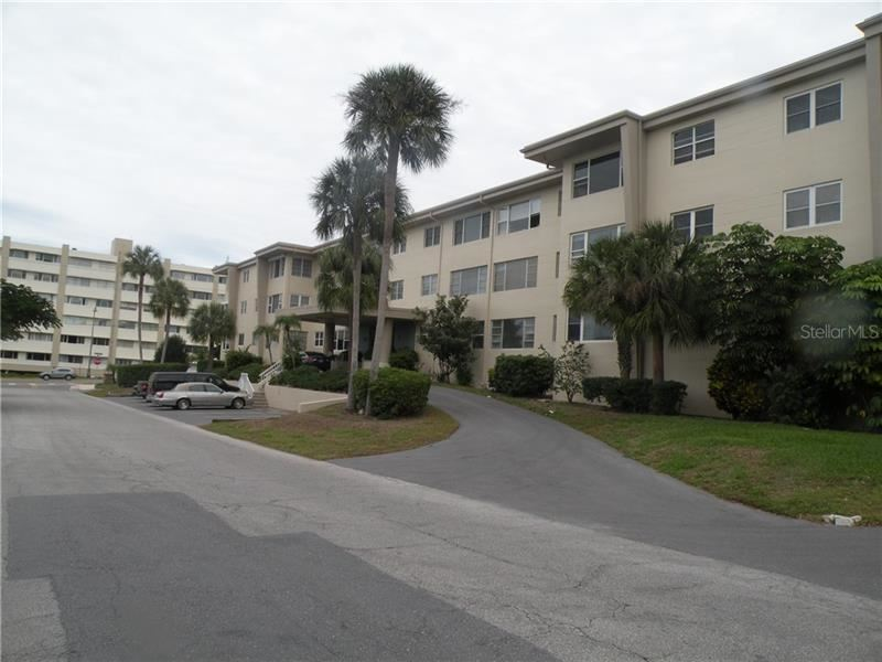 55 HARBOR VIEW LANE #208, Belleair Bluffs, FL 33770 - MLS#: U8058137
