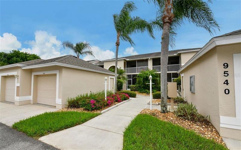 9540 HIGH GATE DRIVE #1422, Sarasota, FL 34238 - #: A4452138