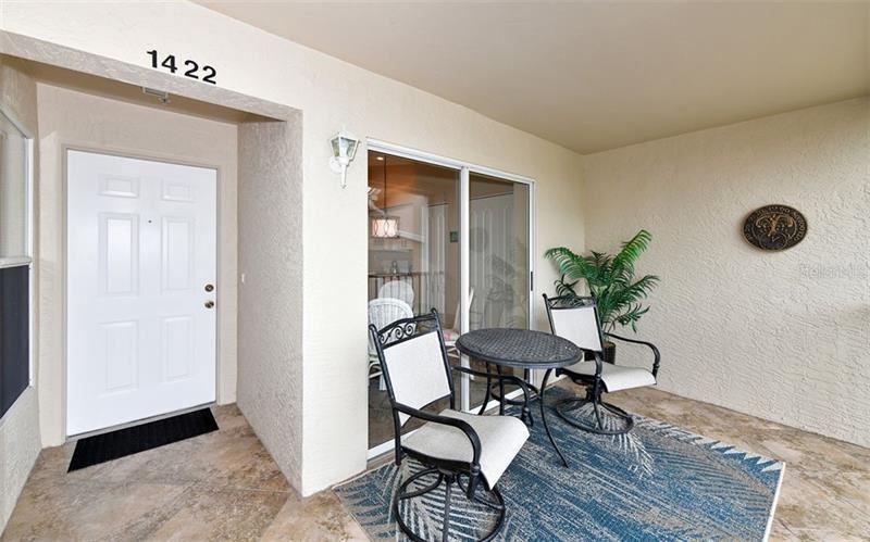 Photo of 9540 HIGH GATE DRIVE #1422, SARASOTA, FL 34238 (MLS # A4452138)