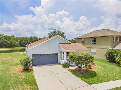 Main image for 1027 NAPOLEAN WAY, WESLEY CHAPEL,FL33544. Photo 1 of 68