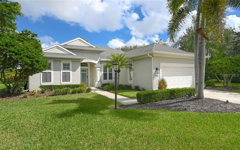 Photo of 7735 CHARLESTON STREET, UNIVERSITY PARK, FL 34201 (MLS # A4482143)