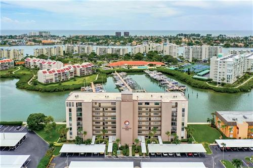 Photo of 7600 SUN ISLAND DRIVE S #105, SOUTH PASADENA, FL 33707 (MLS # U8094144)