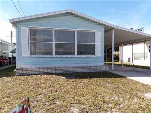Photo of 626 N GREEN CIRCLE #87, VENICE, FL 34285 (MLS # N6113145)