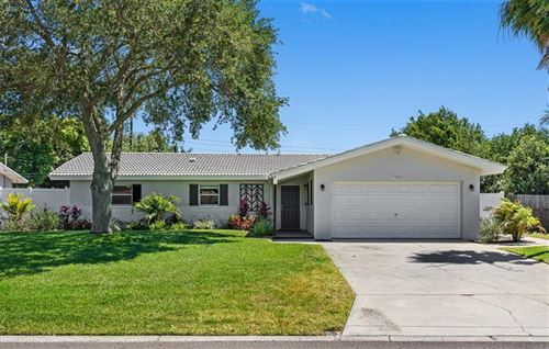 Main image for 13766 MONTEGO DRIVE, SEMINOLE, FL  33776. Photo 1 of 26