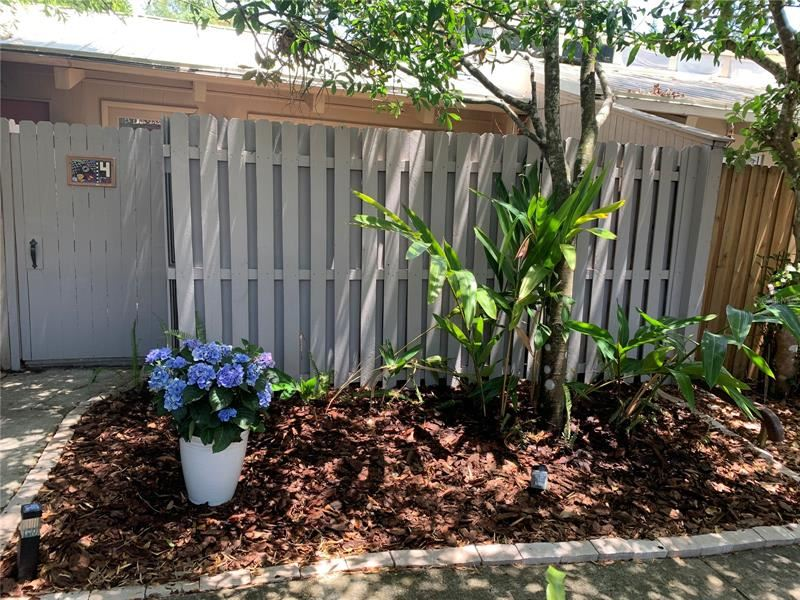 Photo of 500 N JEFFERSON AVENUE #E4, SARASOTA, FL 34237 (MLS # A4500148)