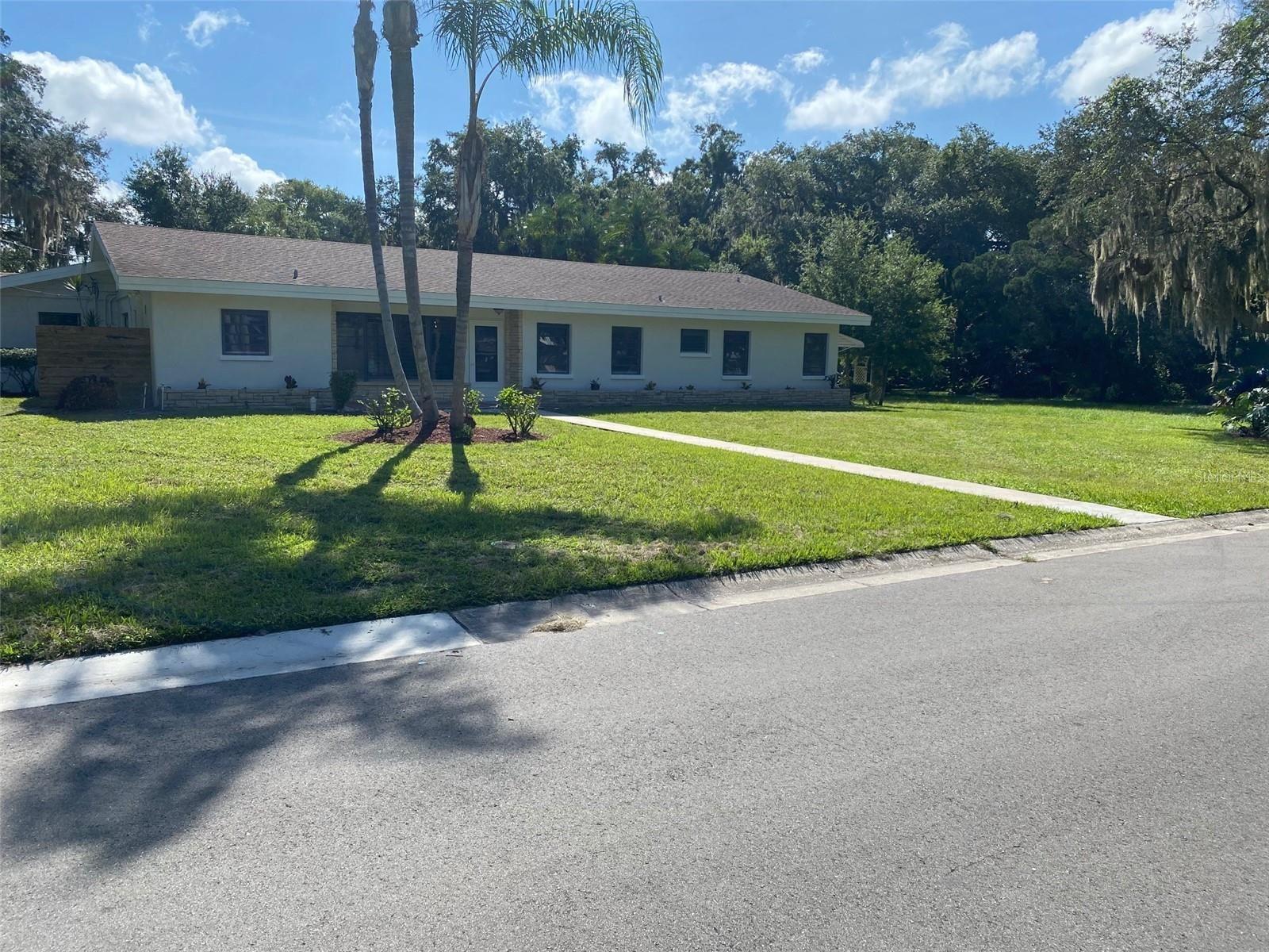 Photo of 312 14TH AVENUE W, PALMETTO, FL 34221 (MLS # A4512150)