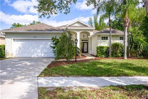 Photo of 11829 WINDING WOODS WAY, LAKEWOOD RANCH, FL 34202 (MLS # A4464151)