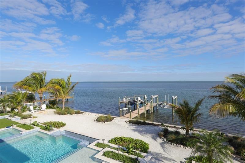 Photo for 661 KEY ROYALE DR, HOLMES BEACH, FL 34217 (MLS # A4472159)