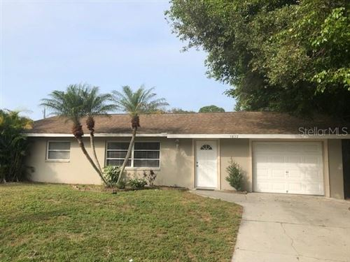 Photo of 5832 VIOLA ROAD, VENICE, FL 34293 (MLS # D6111160)