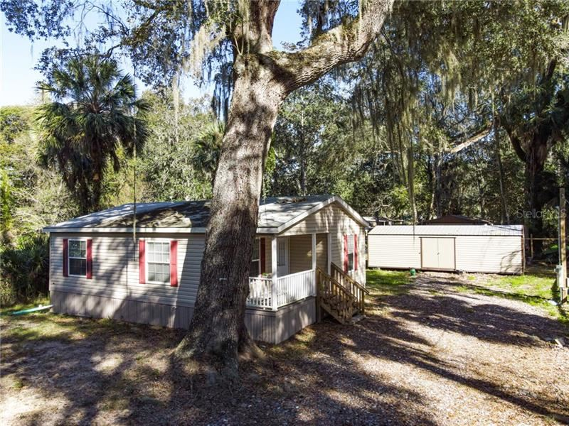 2601 CR 426B, Lake Panasoffkee, FL 33538 - #: G5036160