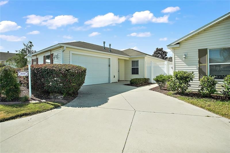 888 TANGLEWOOD PLACE, The Villages, FL 32162 - #: G5029161