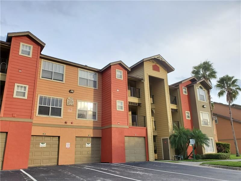 Photo of 2213 GRAND CAYMAN COURT #1136, KISSIMMEE, FL 34741 (MLS # S5043162)