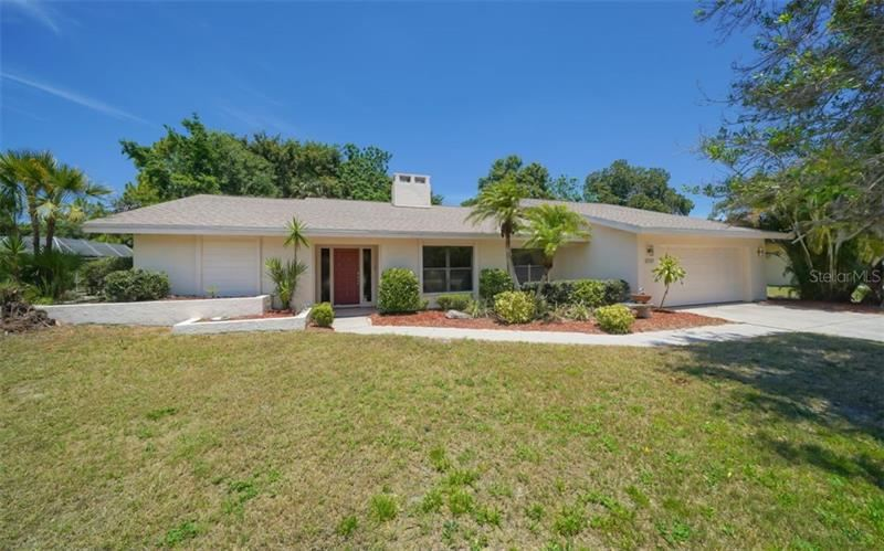 Photo of 3737 COUNTRYSIDE ROAD, SARASOTA, FL 34233 (MLS # A4466163)
