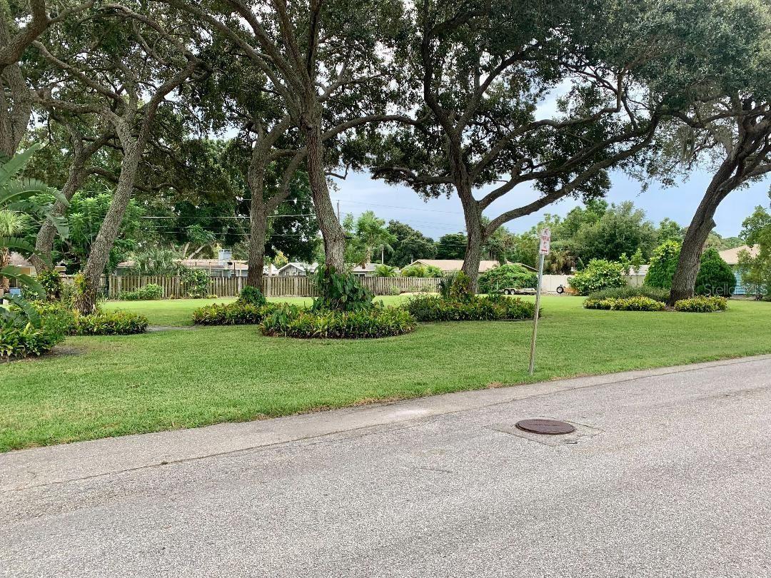 Photo of LEXINGTON STREET, SARASOTA, FL 34231 (MLS # A4512163)