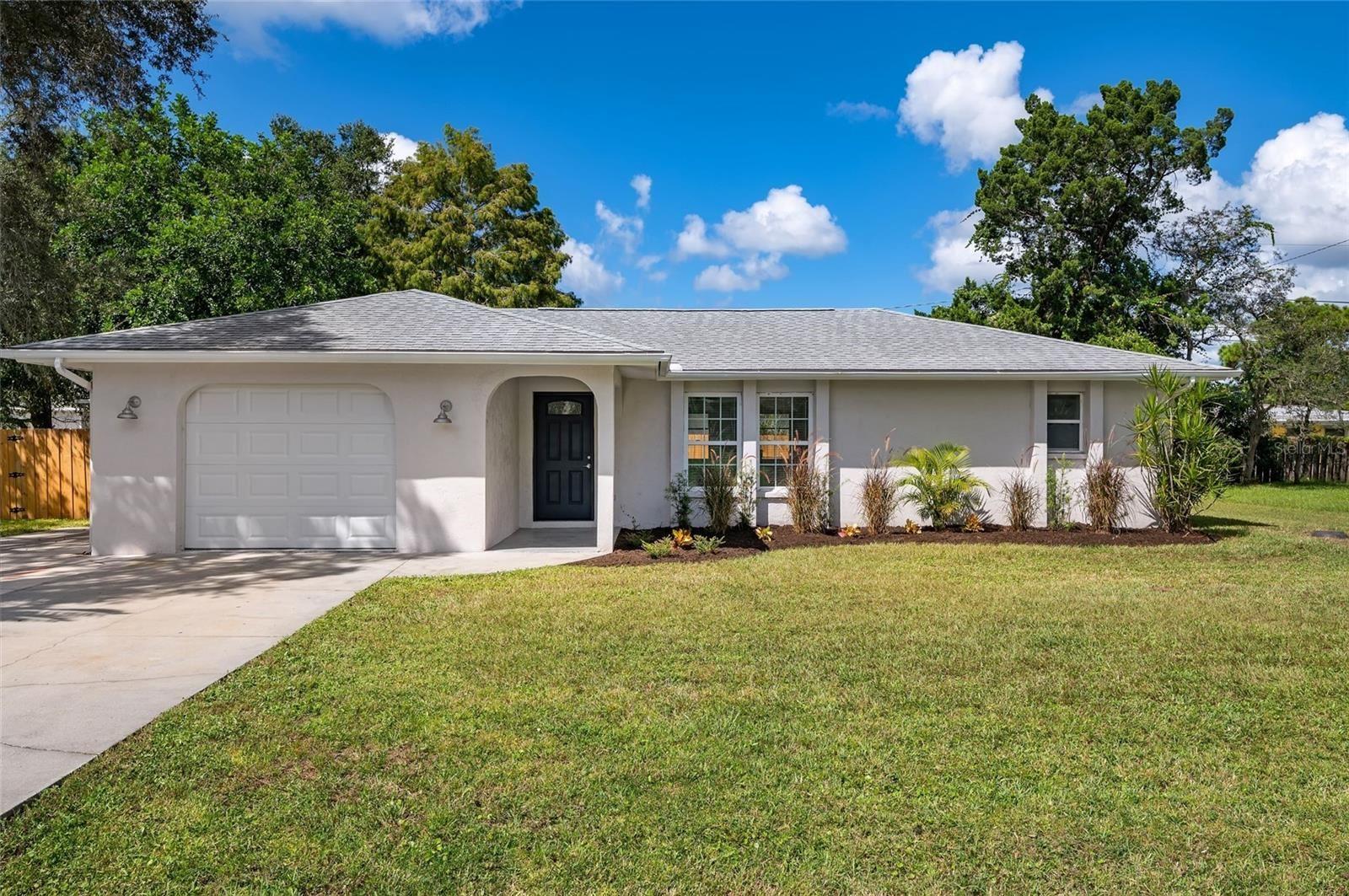 Photo of 1320 NANTUCKET ROAD, VENICE, FL 34293 (MLS # A4515164)