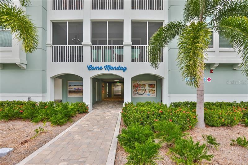 Photo of 379 ARUBA CIRCLE #302, BRADENTON, FL 34209 (MLS # O5882165)