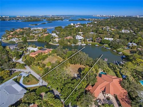 Photo of 1409 S LAKE SHORE DRIVE, SARASOTA, FL 34231 (MLS # A4474166)
