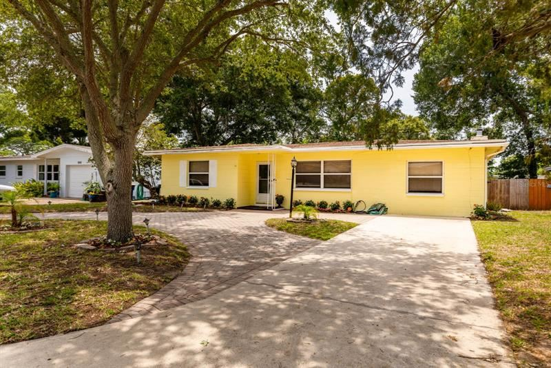1555 MAGNOLIA DRIVE, Clearwater, FL 33756 - MLS#: U8123167