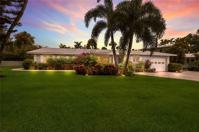 301 JACKSON DRIVE, Sarasota, FL 34236 - #: A4473169