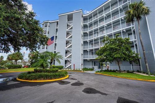 Photo of 610 ISLAND WAY #302, CLEARWATER, FL 33767 (MLS # T3253170)