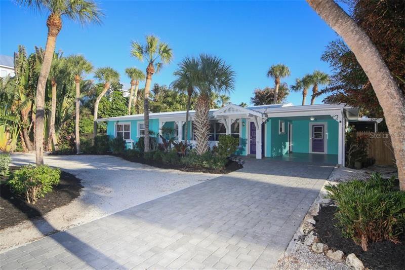 213 70TH STREET, Holmes Beach, FL 34217 - #: A4202171